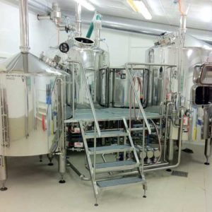 Breworx Compact brewery with the Tritank brewhouse wort machine