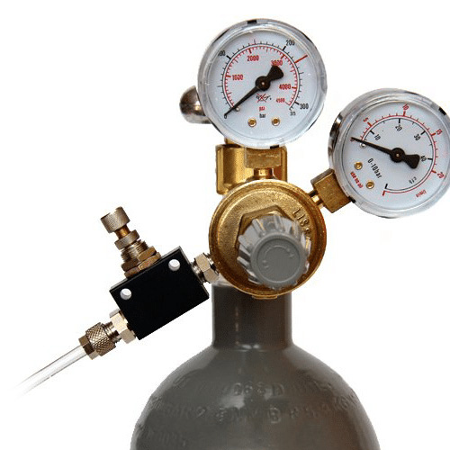 Manual gas valves and gas regulation valves for beer production tanks